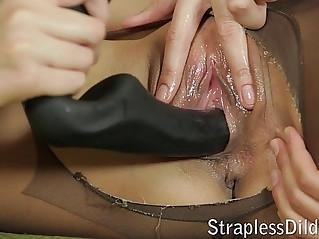 Pantyhose facesitting befor strapon sex
